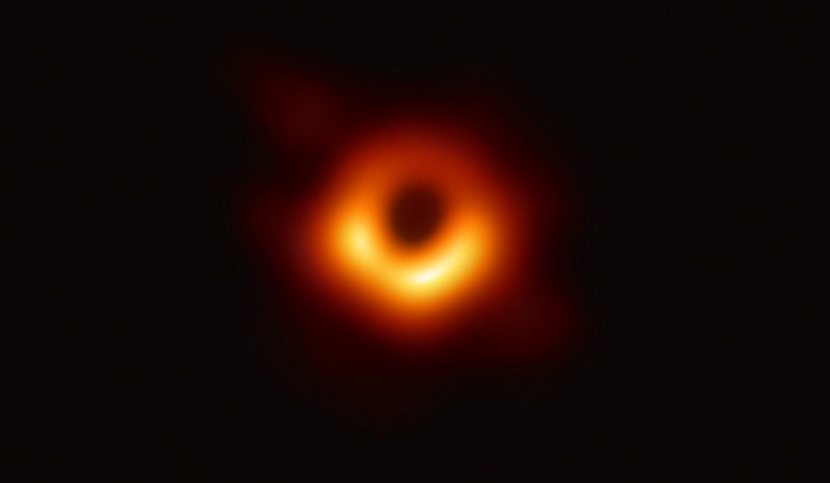Черные дыры реальны