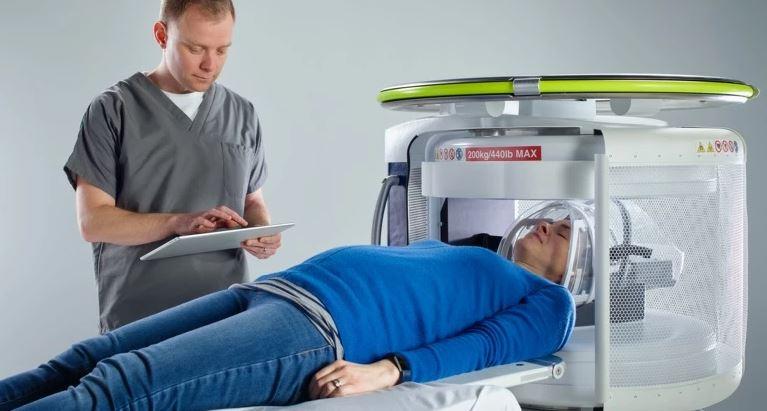 Создан первый в мире портативный аппарат МРТ