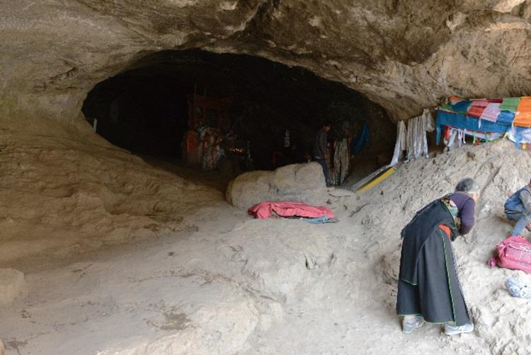 Денисовская митохондриальная ДНК найдена в Тибетской пещере