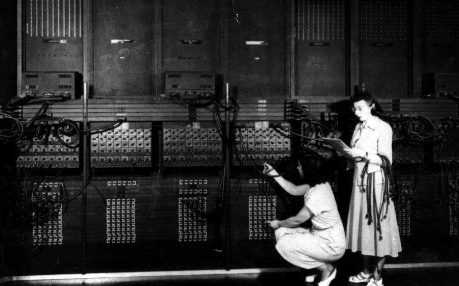 75 лет назад дебютировал первый в мире современный компьютер – ENIAC