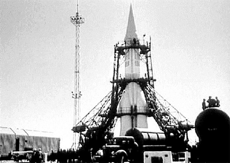 C:\Users\1\Pictures\Подготовка к пуску Р-7 1957 год..jpg