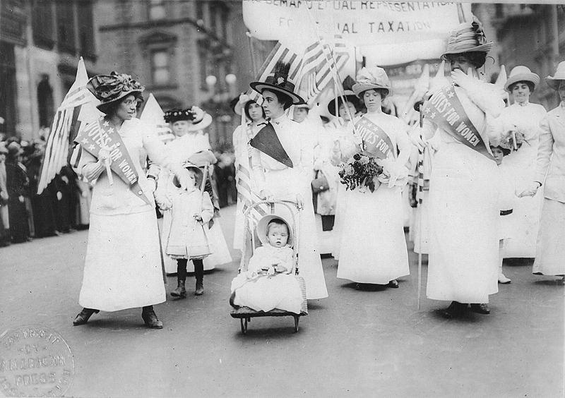 Парад феминисток за избирательные права в Нью-Йорке. 1912 год