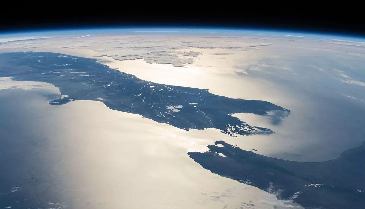 На каком континенте находится Новая Зеландия?