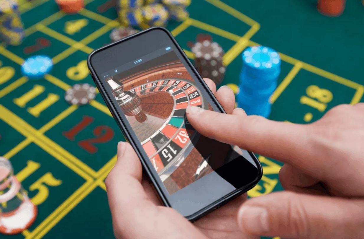 ТОП-10 лучших мобильных казино 2021 года
