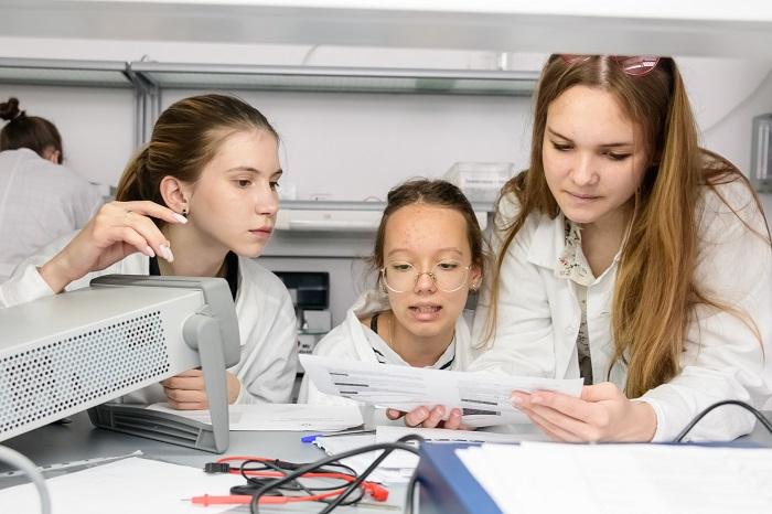 в Образовательном центре «Сириус» завершилась пятая научно-технологическая программа «Большие вызовы»