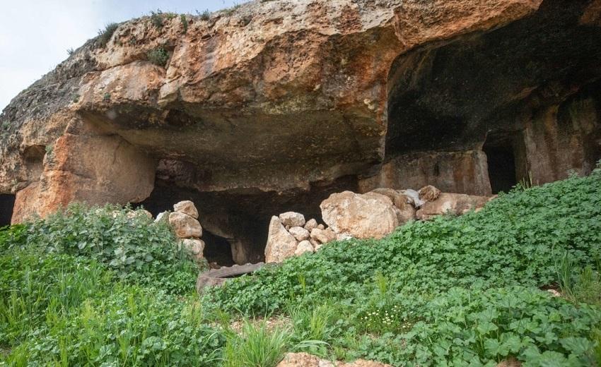 Пещера Сацурблия