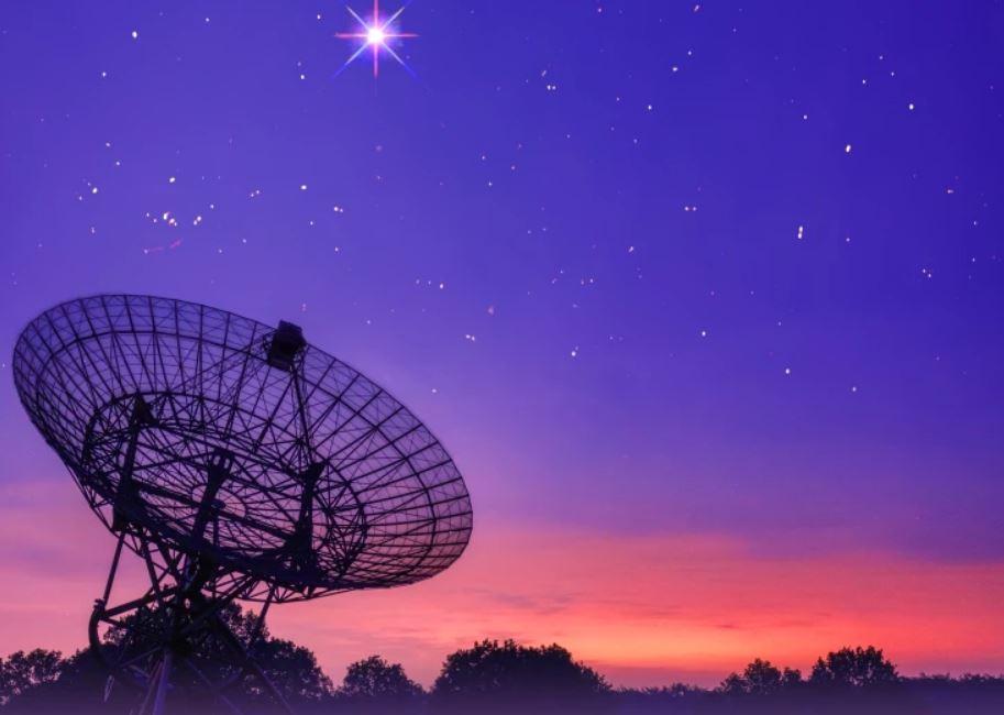 Радиотелескоп Westerbork Synthesis Radio Telescope (WSRT) в Нидерландах.