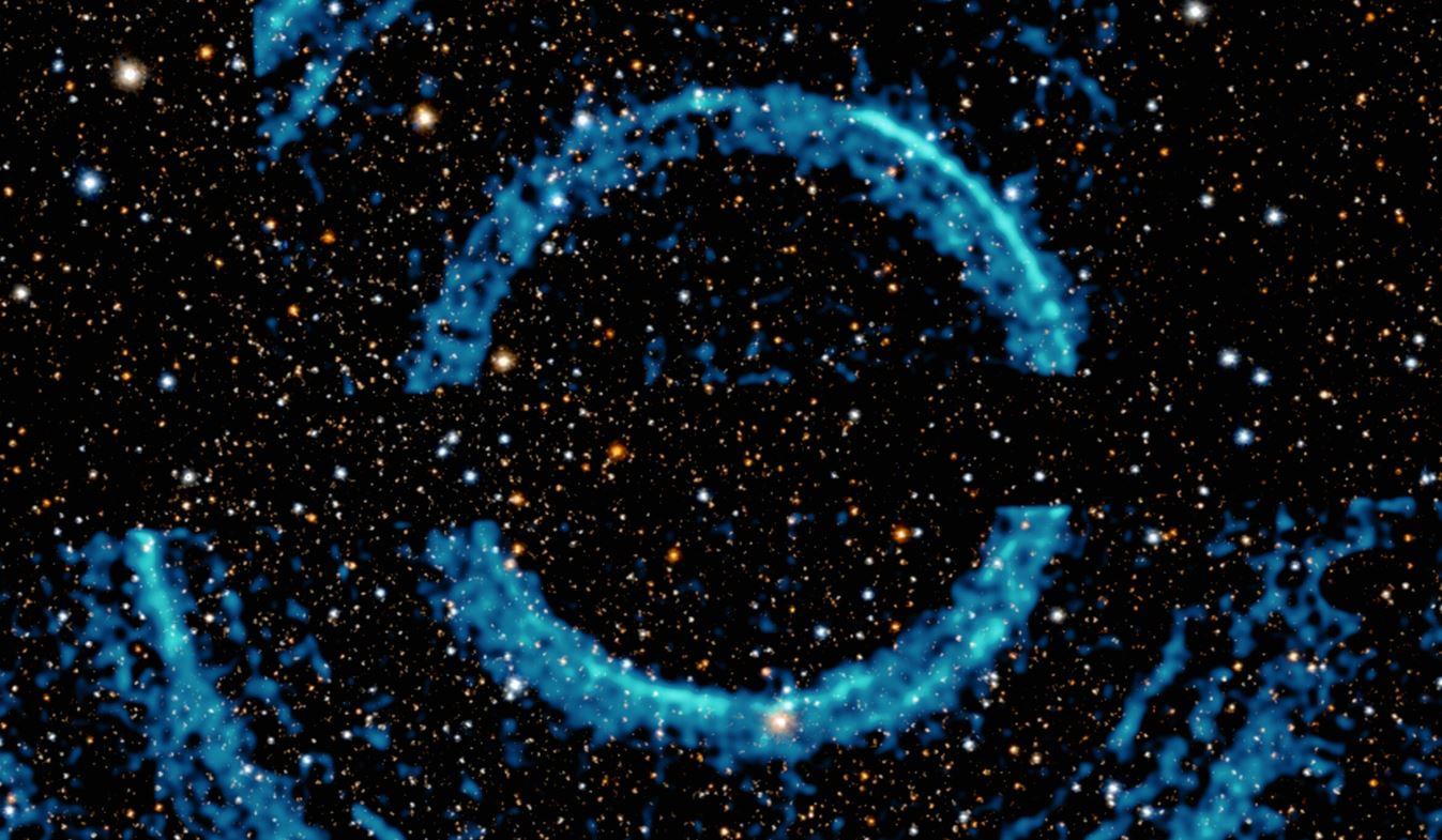 Огромные кольца вокруг черной дыры видны в рентгеновском свете
