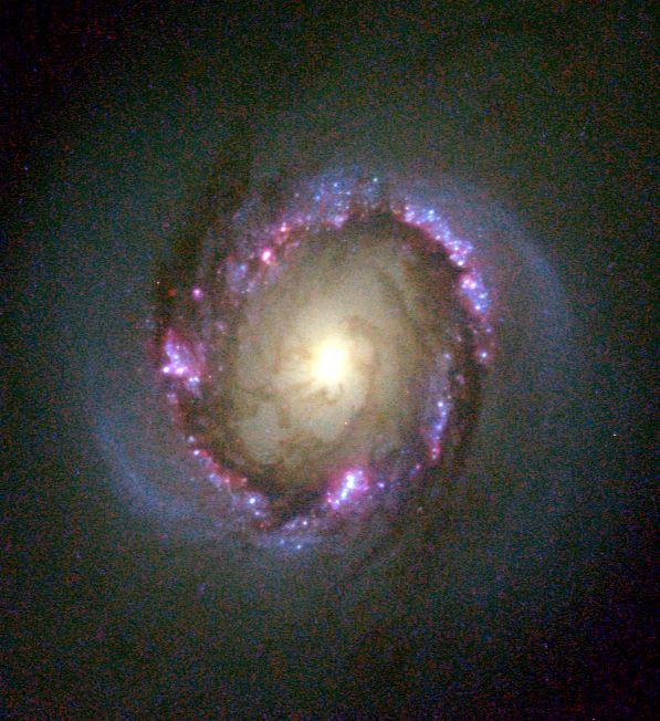 Изображение центральной области NGC 4314