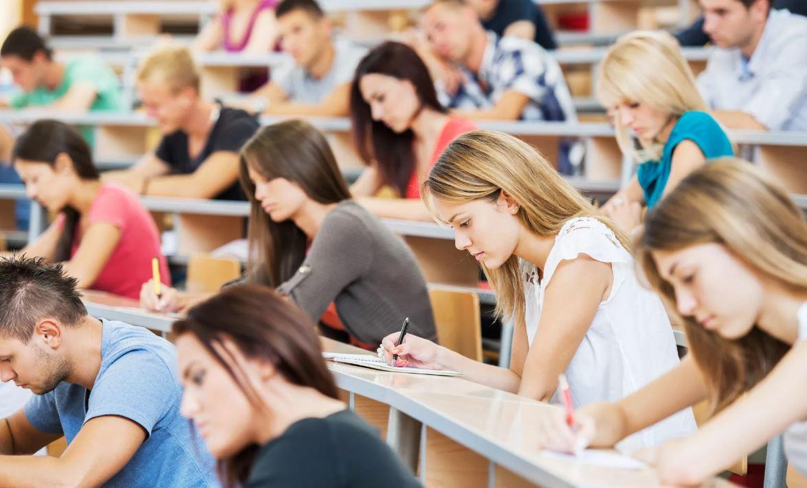 Студенты более 10 вузов России присоединились к участию в грантовой программе онлайн-университета ProductStar