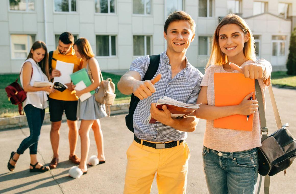 ДОМ.РФ открыл набор студентов на бесплатную программу «Точка роста»